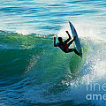 Off the Lip Print by Paul Topp