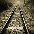 Railway tracks Print by Les Cunliffe
