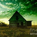 AN OLD NORTH DAKOTA FARM HOUSE Poster by Jeff  Swan