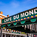 Cafe Du Monde Picture in New Orleans Louisiana Print by Paul Velgos