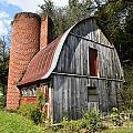 Gambrel-roofed Barn Poster by Paul Mashburn