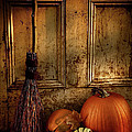 Halloween night Print by Sandra Cunningham