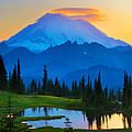 Mount Rainier Goodnight Print by Inge Johnsson