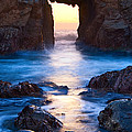 The Gateway - Sunset on Arch Rock in Pfeiffer Beach Big Sur in California. Print by Jamie Pham