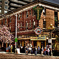 The Green Tortoise Hostel in Seattle Print by David Patterson