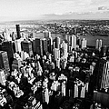 view north east of manhattan queens east river from empire state building Print by Joe Fox