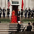 President And Michelle Obama Welcome Print by Everett