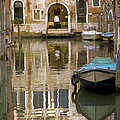 Venice Restaurant on a Canal  Print by Gordon Wood