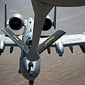 A Boom Operator Refuels An A-10 Print by Stocktrek Images