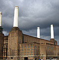 Battersea Power Station, London, Uk Print by Johnny Greig