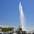 Buckingham Fountain - Chicago's Iconic landmark Print by Christine Till
