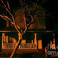 House on haunted hill Print by David Lee Thompson