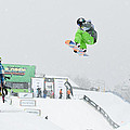KELLY CLARK WOMENS U S SNOW BOARDING OPEN 2011 Print by Linda Pulvermacher