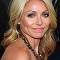 Kelly Ripa At Arrivals For Cop Out Print by Everett