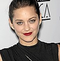 Marion Cotillard At Arrivals For Los Poster by Everett