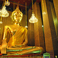 Buddha statue Print by Somchai Suppalertporn