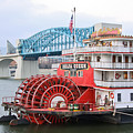 Delta Queen in Chattanooga Print by Tom and Pat Cory